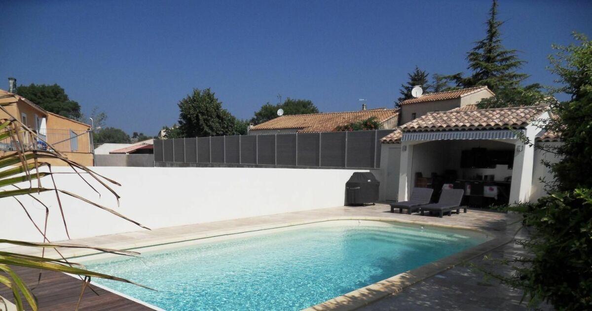 Les plus belles photos de piscines coque en polyester la piscine coque par arion piscines for Piscine 10 par 5