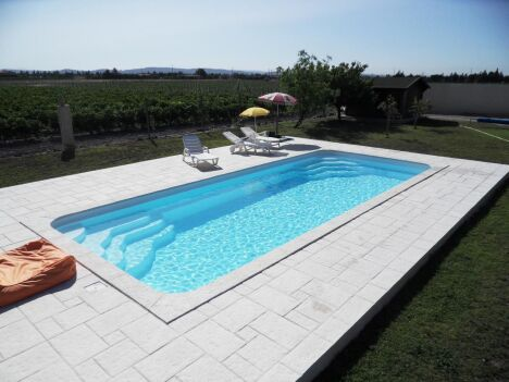 La piscine coque par Arion Piscines Polyester
