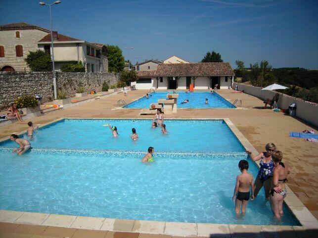 La piscine d'été de Puymirol