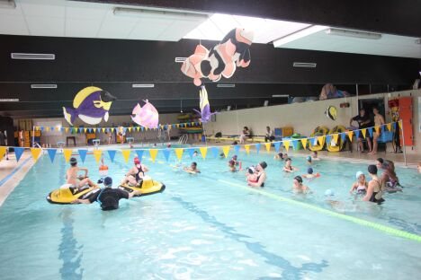 "La piscine de Blanquefort<span class=""normal italic petit"">DR</span>"