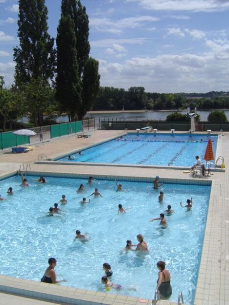 Piscine de la charbonni re ancenis horaires tarifs et for Piscine vallet