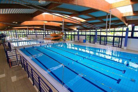 """La piscine de la Grande Garenne à Saint Marcel<span class=""""normal italic petit"""">DR</span>"""