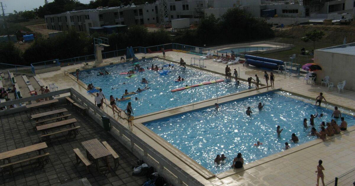 Piscine de la roche chalais horaires tarifs et photos for Club piscine dorion horaire