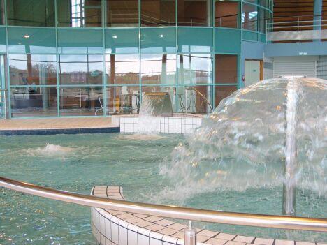 """La piscine de Lamballe Communauté<span class=""""normal italic petit"""">© Lamballe Communauté</span>"""