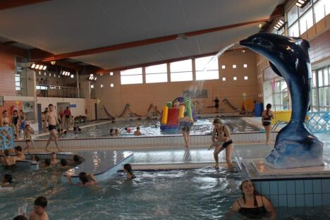 """La piscine de Port la Nouvelle durant une séance de jardin aquatique.<span class=""""normal italic petit"""">DR</span>"""