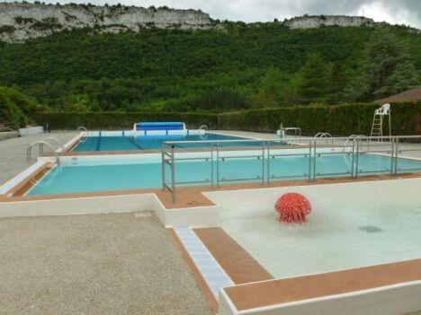 "La piscine de St Antonin Noble Val<span class=""normal italic petit"">DR</span>"