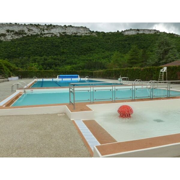 Piscine st antonin noble val horaires tarifs et for Piscine val d europe