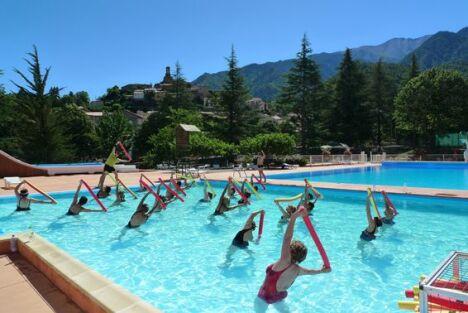 """La piscine de Vernet les Bains propose des cours d'aquagym<span class=""""normal italic petit"""">DR</span>"""