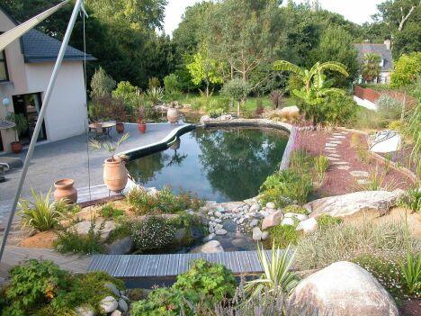 "La piscine design par L'Esprit Piscine<span class=""normal italic petit"">© L'Esprit piscine</span>"
