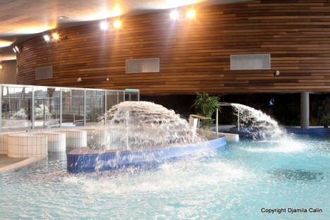 La piscine du centre aquatique des Portes de l'Essonne à Athis Mons