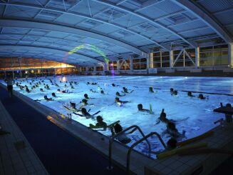 La piscine du centre nautique d'Oyonnax (toit fermé)