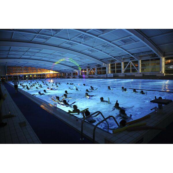Centre nautique oyonnax horaires tarifs et photos for Piscine bobigny horaire