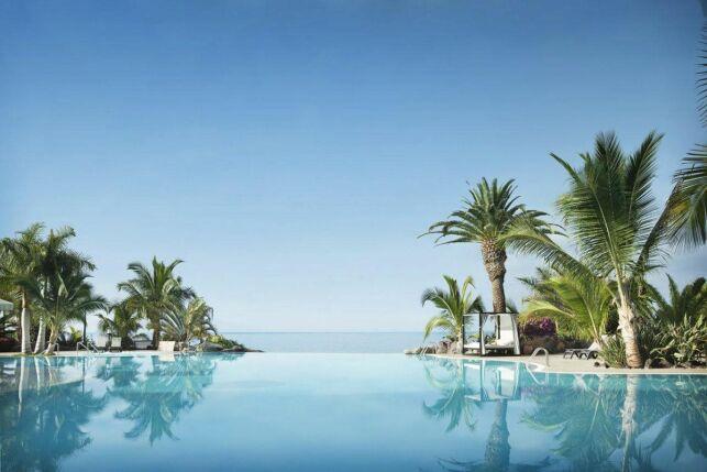 La piscine du Roca Nivaria Gran hotel à Tenerife (Iles Canaries)