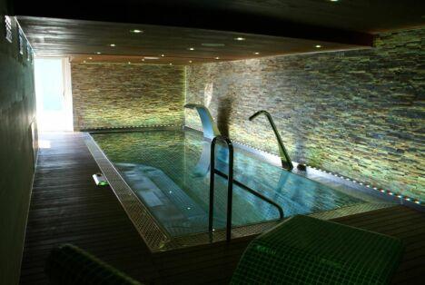 "La piscine en inox d'AstralPool<span class=""normal italic petit"">© AstralPool</span>"