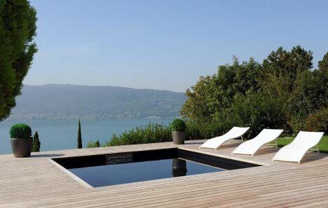 "La piscine en kit haut de gamme Piscinelle<span class=""normal italic petit"">© Piscinelle</span>"
