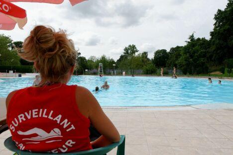 "La piscine intercommunale de Rignac<span class=""normal italic petit"">© Christian Bousquet Rodez</span>"