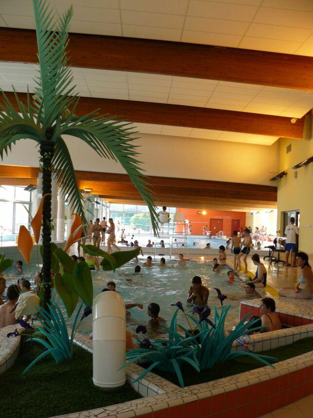 La piscine intérieure du centre aquatique à Delle