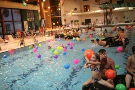 """La piscine intérieure du centre aquatique à Villard de Lans<span class=""""normal italic petit"""">© Stéphanie Charles</span>"""