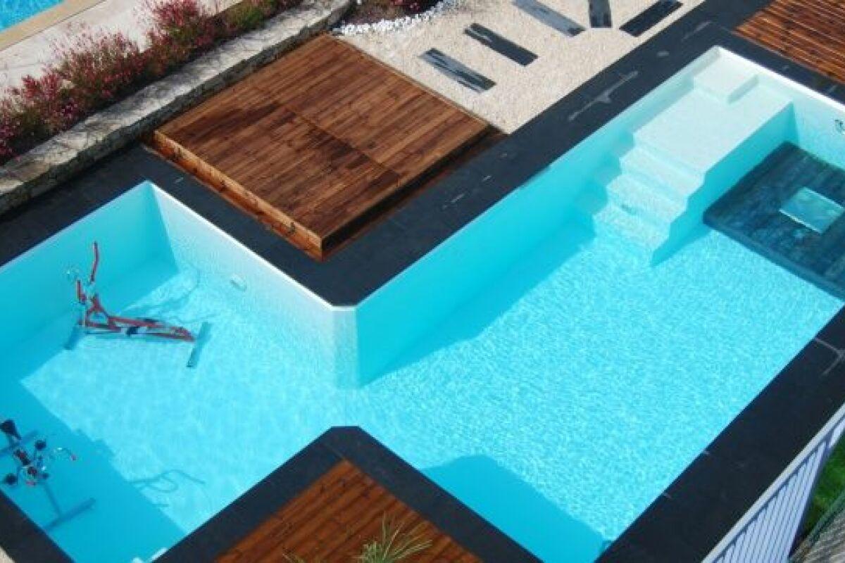 Prix Piscine Aquilus Mini Water la piscine odalia 2 en 1 « sport & bien-être » par