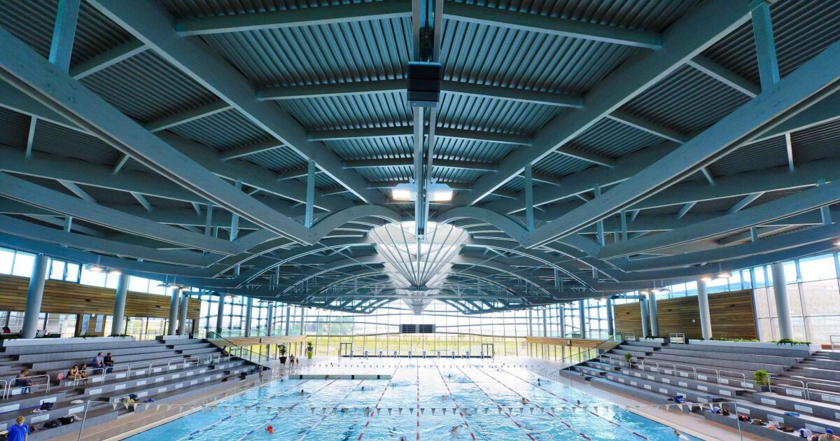 Piscine olympique dijon horaires tarifs et t l phone for Accessoire piscine dijon