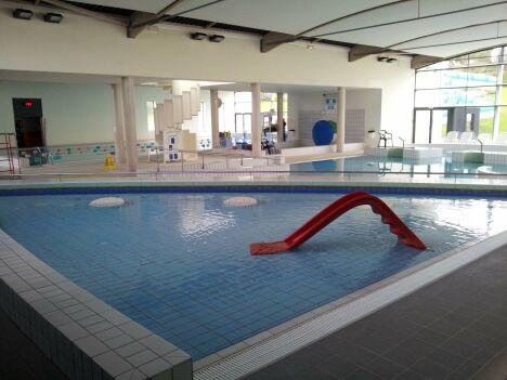 La piscine Ophéa à Quintin