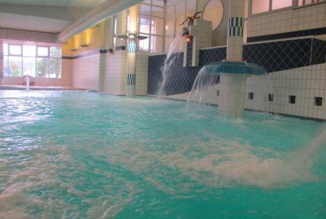 La piscine thermoludique à Salies-de-Béarn