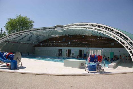 La piscine tournesol d'Etrepagny