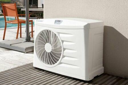 """La pompe à chaleur est une solution intéressante pour chauffer votre piscine.<span class=""""normal italic petit"""">© Zodiac</span>"""