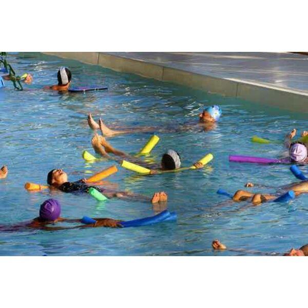 La pratique de l aquagym pour les personnes en surpoids - Piscine pour personne handicapee ...
