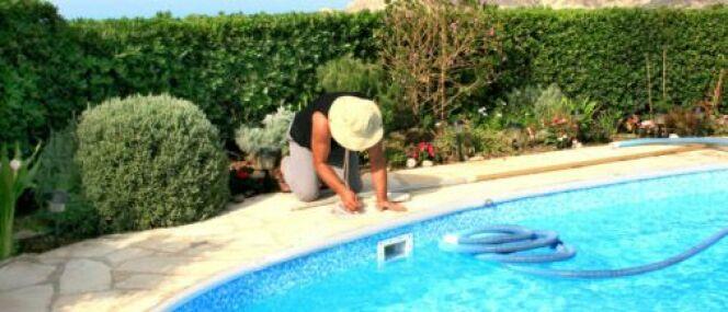 "La rénovation de piscine : souvent une affaire de pros<span class=""normal italic petit"">© Ruzanna Arutyunyan - Thinkstock</span>"