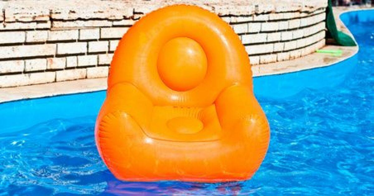 La vente d accessoires de piscine for Vente accessoire piscine