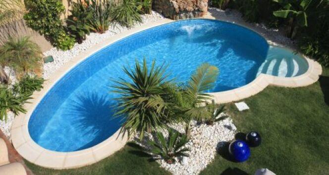 """La construction d'une piscine enterrée : en bref<span class=""""normal italic petit"""">© Waterair</span>"""