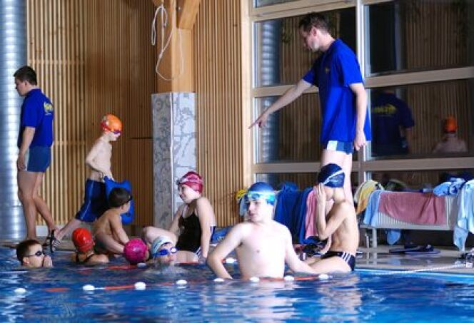 "La natation en primaire<span class=""normal italic petit"">© shock - Fotolia.com</span>"