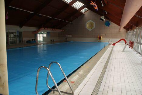 """La piscine couverte à Saint Jean de Maurienne<span class=""""normal italic petit"""">© Ville de Saint-Jean-de-Maurienne</span>"""
