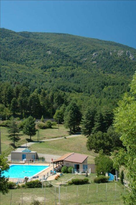 La piscine d'été de Concoules