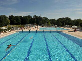 La piscine de Charbonnières les Bains