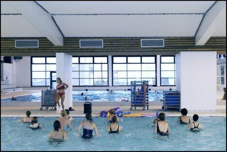 """La piscine de Cherbourg propose des séances d'aquagym.<span class=""""normal italic petit"""">© photo Jean-Michel Enault-Ville de Cherbourg-Octeville</span>"""