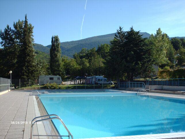 La piscine de Montbrun les Bains