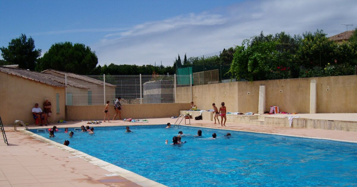 Piscine creissan horaires tarifs et photos guide for Piscine tarif