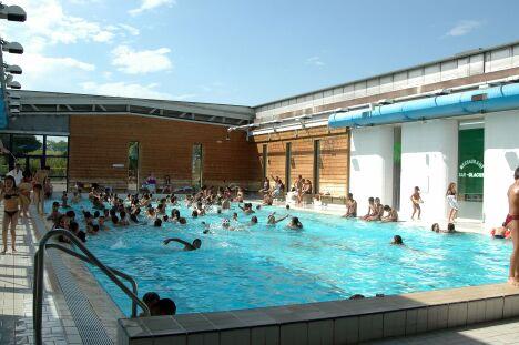 Centre Aquatique Du LoupPendu  Piscine  Rillieux La Pape