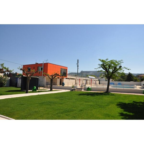 Centre aquatique familial piscine de rognac horaires for Centre claude robillard piscine