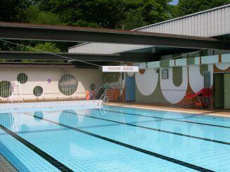 La piscine de Saint Cyr sur Loire.