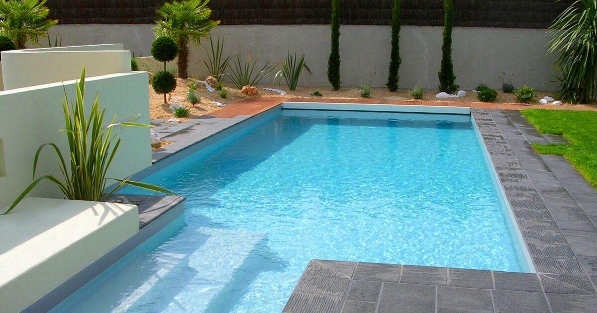 Photos de piscines design quand les piscines deviennent des oeuvres d 39 art la piscine design - Carrelage piscine moderne ...