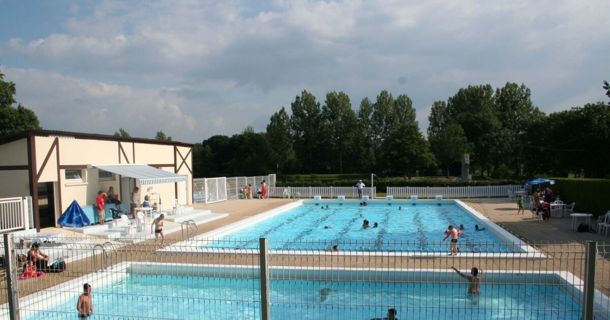 Avis et commentaires piscine brecey for Tarif construction piscine