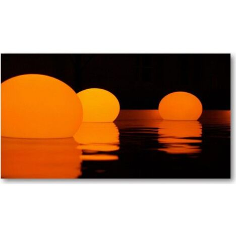 "Lampe piscine à Led Flatball par Aquagyms<span class=""normal italic petit"">© Aquagyms</span>"