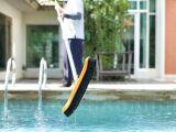 Le balai-brosse de piscine