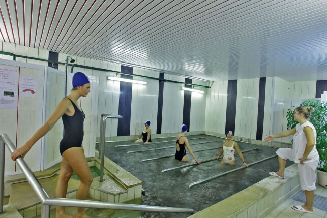 Le bassin de marche aux thermes de Saubusse-les-Bains