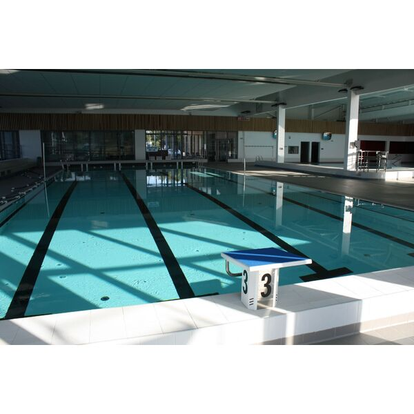 Centre aquatique piscine locmin horaires tarifs et for Bassin piscine