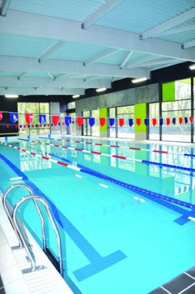 Le bassin sportif de la piscine à Auby