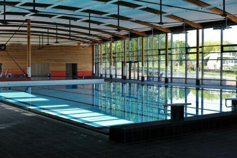 "Le bassin sportif de la piscine Aquarhin à Ottmarsheim.<span class=""normal italic petit"">© Agence-Mars-Rouge</span>"